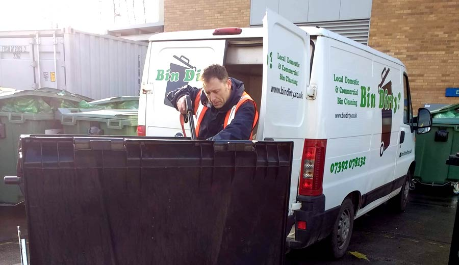 Commercial Bin Cleaning