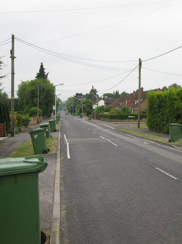 Wheelie Bin Cleaning Norwich, Norfolk | bin collection day